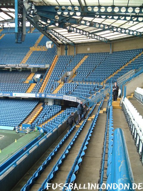 Stamford Bridge - Away Sector im Shed End (Gästebereich) - Chelsea FC - fussballinlondon.de