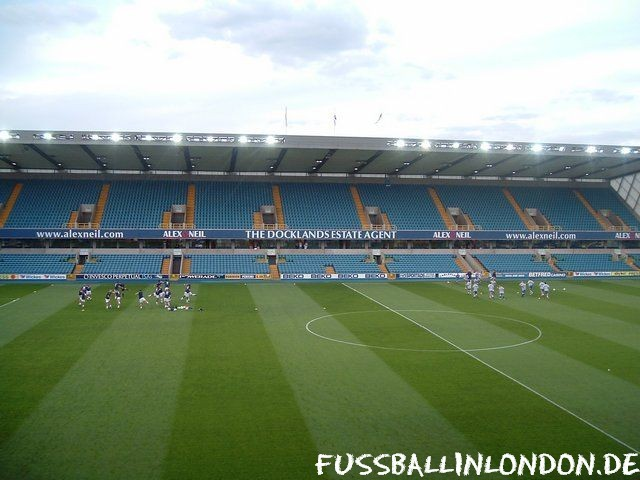 The Den - East Stand - Millwall FC - fussballinlondon.de