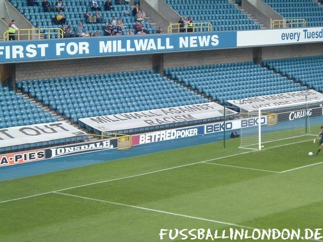 The Den -  - Millwall FC - fussballinlondon.de