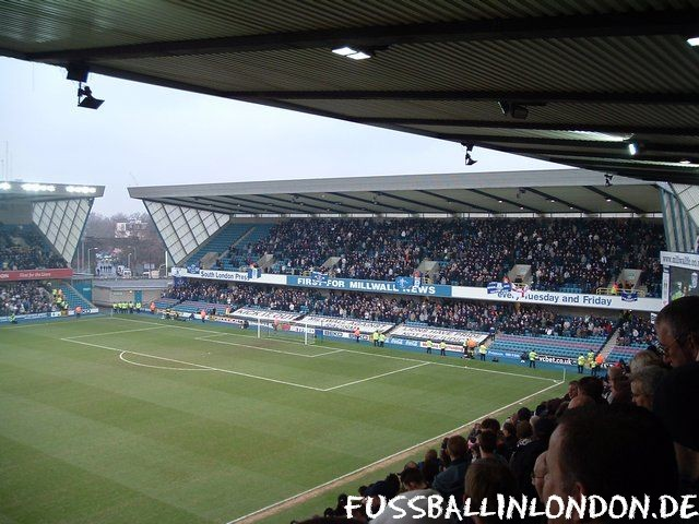 The Den - North Stand (Away Sector) - Millwall FC - fussballinlondon.de